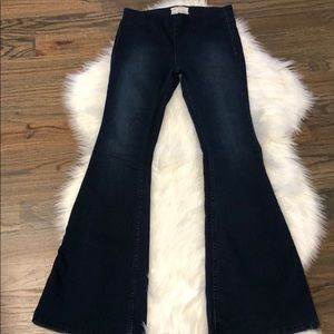"""Free People flare jeans. Perfect!!!! 27 33"""" inseam"""